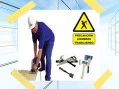 instruyendo a los trabajadores sobre los riesgos laborales