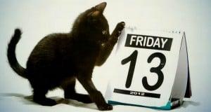 los gatos negros dan mala suerte