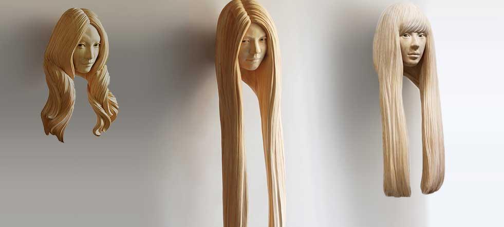 mujer tallada en madera