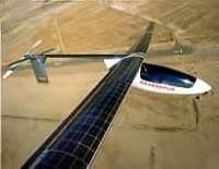avión a energía solar