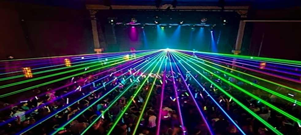 luz de rayos láser