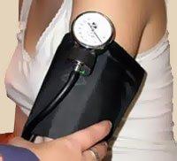 Es muy importante realizar tomas de presión arterial preventivas periodicamente durante el transcurso del embarazo