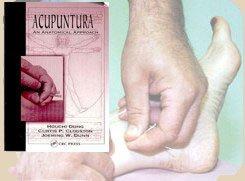 Los libros de acupuntura explican las técnicas usadas para el tratamiento del dolor y de las adicciones.