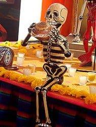 munequito-de-esqueleto-souvenir