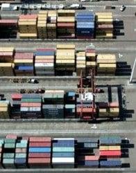 Puertos: depósitos para los contenedores.