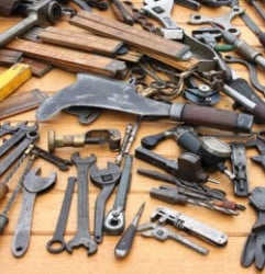 herramientas-usadas-viejas
