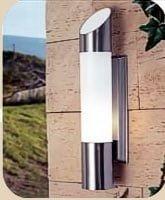 Farol para iluminación exterior con diseño moderno