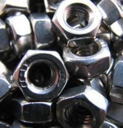 tuercas-de-acero-inoxidable-durabilidad